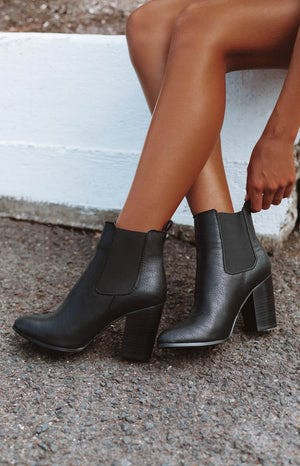 Billini Jaida Boots Black Tumble