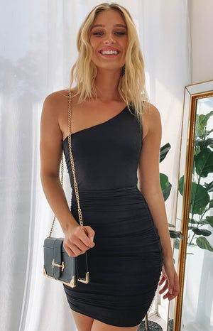 https://files.beginningboutique.com.au/city+nights+one+shoulder+dress+black.mp4