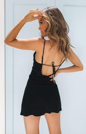 https://files.beginningboutique.com.au/20200113-Ray+Jean+Dress+Black.mp4