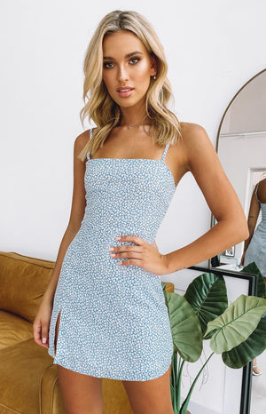 https://files.beginningboutique.com.au/20191227-Selous+Slip+Mini+Dress+Blue+Daisy.mp4
