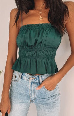 https://files.beginningboutique.com.au/Silva+Ruched+Crop+Emerald.mp4
