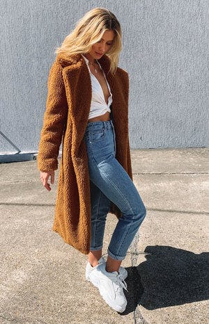 https://files.beginningboutique.com.au/theodore+long+line+jacket+sweet+apricot.mp4