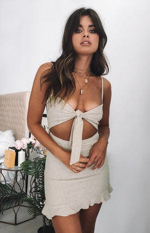 https://files.beginningboutique.com.au/Sure+Thing+Dress+Natural+Linen.mp4